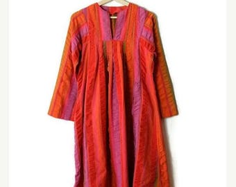 ON SALE Vintage Orange/Pink Colorful Stripe Long Sleeve Tunic Dress from 1970's / hippies/bohemian*