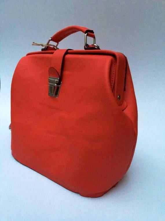Retro style Red Bag, Retro Vintage Leather Bag, Vitage look leather bag, hand bag, metal framed leather bag, doctor bag