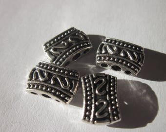 4 metal beads ethnic style with 3 holes in metal 8 x 11 mm (2044)