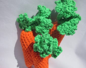 2 carrots with leaves 100% cotton 14cm