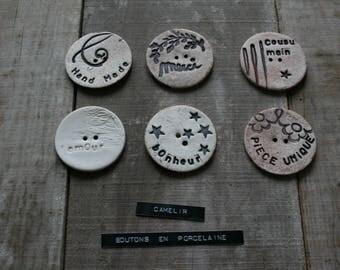Large button porcelain ref 016