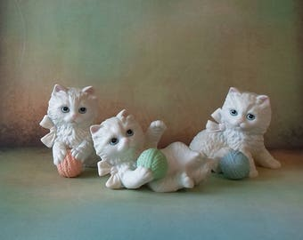 Vintage Homco Trio of Playful Kittens Figurines Shabby Chic Shelf Sitter
