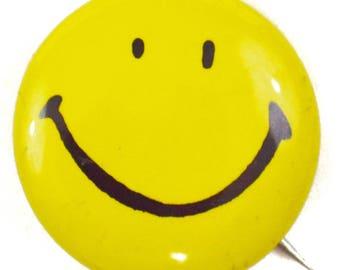 Vintage 80s Smiley Face Pinback Button Badge Pin