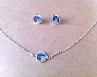 Adornment necklace and cabochon Moon ear studs