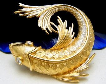 Beautiful Vintage Monet Large Fish Brooch Rhinestone Eyes Gold Tone