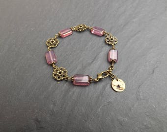 "Bracelet ""Hill"" dusty pink Czech glass beads"