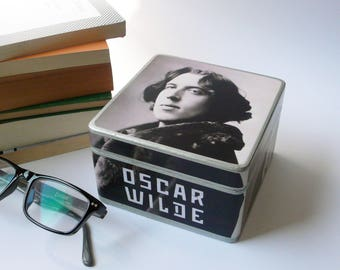 Oscar Wilde Box. Literary gift. Book Lover. Oscar Wilde gift. Dorian Gray. Literary icons. Decoupage box.