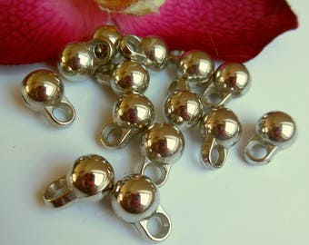 set of 15 silver plastic beads