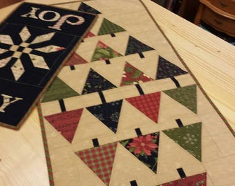 Glad Tidings Table Topper Quilt Kit