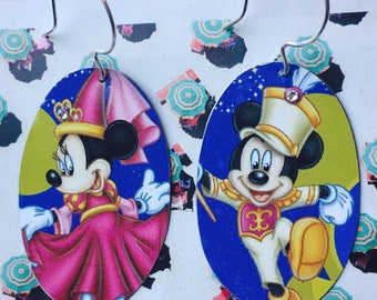 Minnie and Mickie earrings; Choose one of two styles of earrings made from Disney tea tins