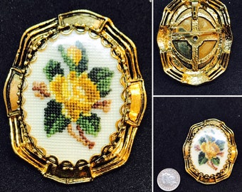 Vintage Rose Embroidered Brooch/Pendant