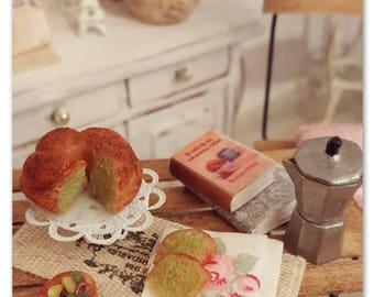 Pistachio bundt cake 1/12 scale