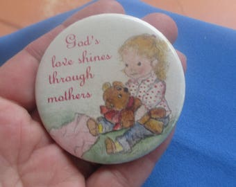 Vintage God's Love Shines Through Mothers Pinback Button