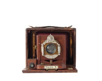 Camera Antique Folding Poco B Rochester 4x5 Plate Film Holders Unicum Lens Bausch & Lomb Lens Red Bellows 1891 Box Camera Display