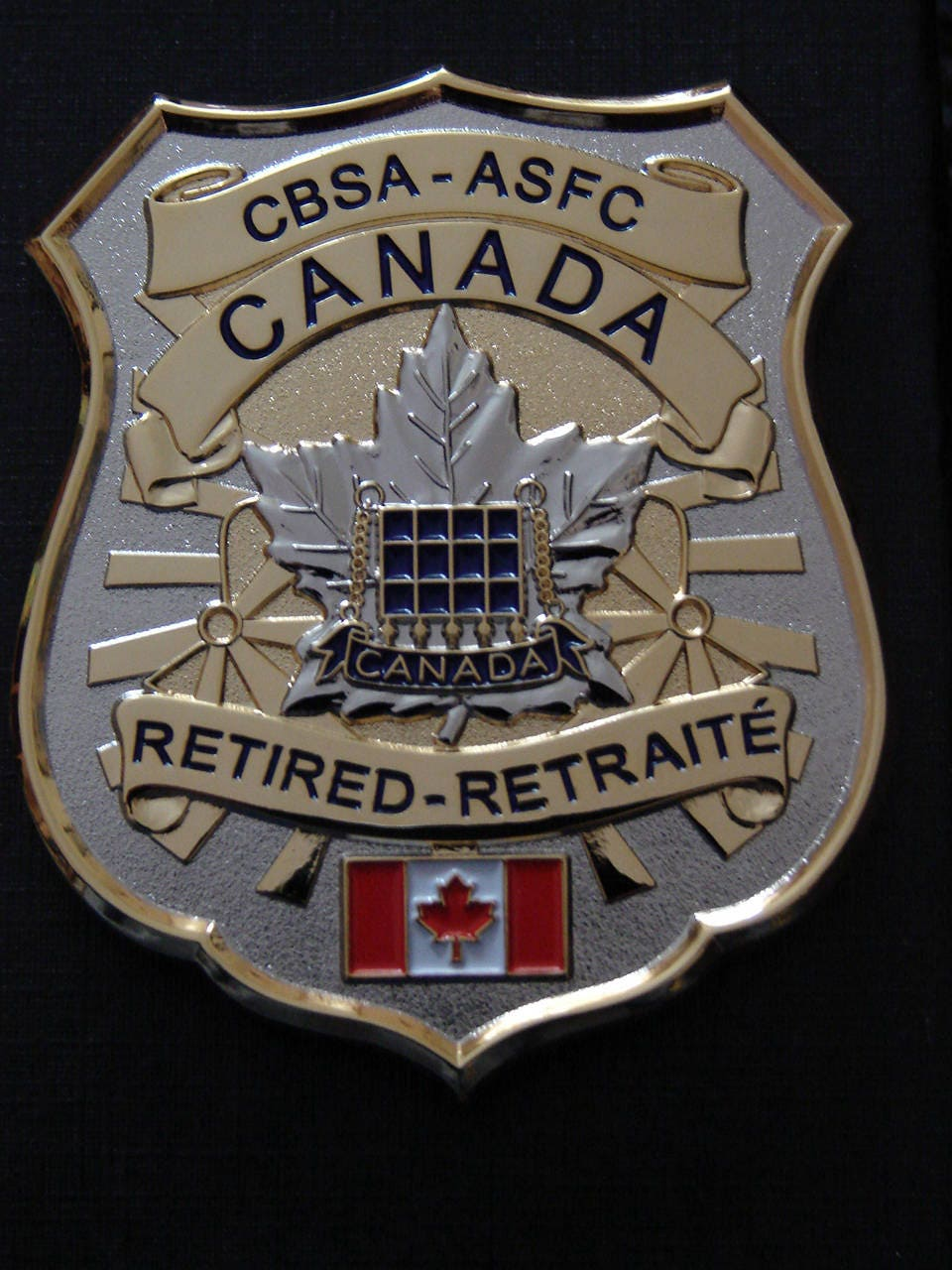 canada customs cbsa retired officer badge