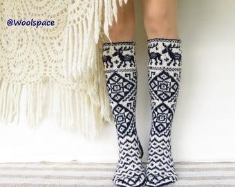 USwmn:8-8.5 /EU39-40Handknit  knee wool socks soft thick warm women long wool socks warm white snowflakes winter fashion No288
