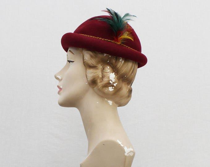 Vintage 1960s Glenover Burgundy Felt Feather Hat - Adjustable Size