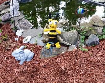 bumble bee, stuffed bee, plush bee, plush toy, stuffed toy, bee toy, amigurumi, amigurumi bee