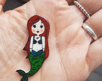 Pearl the mermaid brooch