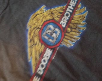 Fantastic vintage  the doobie brother farewell tour shirt  1982 sz small medium large