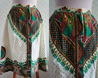 70s ethnic style vintage skirt. Tribal print. Small size high waisted.
