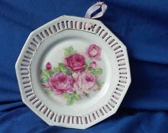 Vintage Ribbon Plate Pink Roses with Ribbon