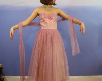 1950'S Mauve Tulle Strapless Frilly Gown w/ Sash - EXTRA-SMALL