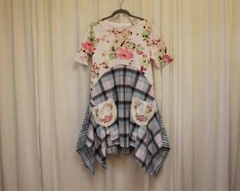 Country girl top M-L tunic dress Upcycled shirt Boho chic style Romantic dress women's shabby top Summer fashion Hippie boho dress Roses