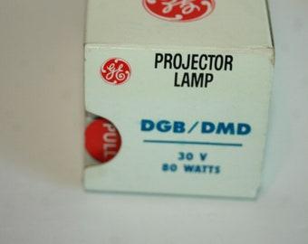 Ge Projectr Lamp DGB/DMD 30 V 80 Watts #CG121-P4 Old stock Vintage