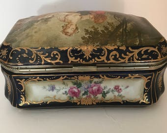 Antique Large 1914-45 R&S German Porcelain Jewelry Trinket Box Courting Couple-Rare- Gorgeous