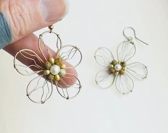 1980s Wire Wrapped Daisy Dangle Earrings - Hooks - Beaded - Bohemian - Hippy - Gold