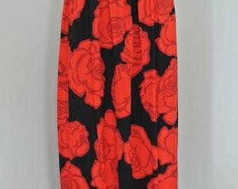 SALE Bill Blass 1970s Wrap Skirt Red Rose Print Beach Cover Up Beach Resort Wear/ S