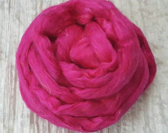 Silk Sliver 'Fuchsia' 25grams Vibrant Hot Pink Soft, Luxurious,  Pulled/Carded Recycled Sari Silk Fibre for Spinning, Felting, Weaving etc