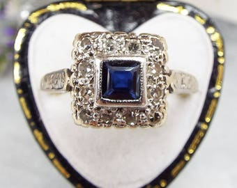 Antique Edwardian Art Deco 18ct Gold and Platinum Diamond & Sapphire Ring Size O 1/2