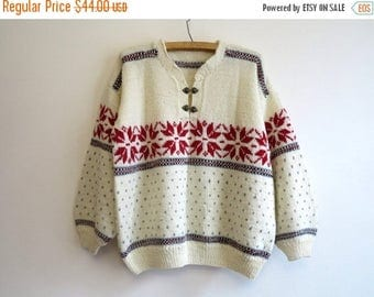 ON SALE Vintage Ivory Wool Blend Nordic Style Sweater Snowflake Metal Hooks Pullover Knitted Ski Sweater Hand Made Large to Extra Large Size