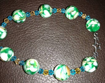 Ocean's Calm mother-of-pearl bracelet.