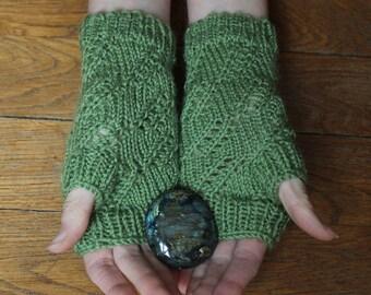 Mitaines Vertes tricotées avec motifs - Femme