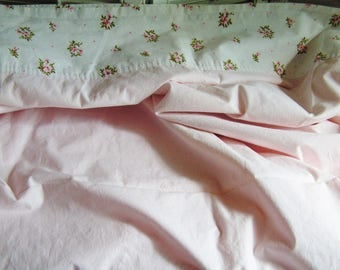 Vintage Twin Size Pink Roses Flat Sheet Cottage Chic Floral Flowers Muslin