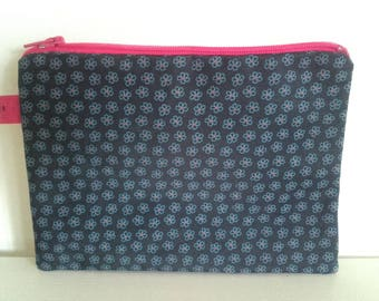Navy pink pouch
