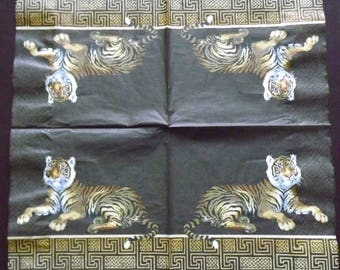 2 towels in paper/napkins: wild animals, Tigers