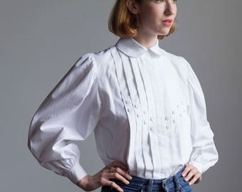 Poet Sleeve White Cotton Blouse with Pintuck Bodice 1980s Vintage // Size Medium Large
