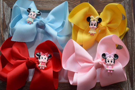 Set of four minnie mouse bow barrettes / hair clips / pigtail clips / pony tail clips / wedding bows / flowergirl bows / birthday bows