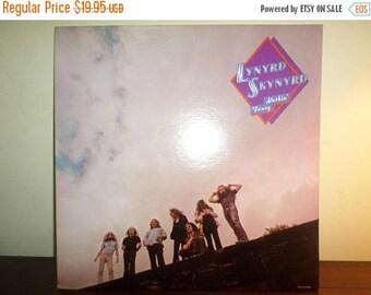 Save 30% Today Vintage 1980 Vinyl LP Record Nuthin' Fancy Lynyrd Skynyrd Near Mint Condition 11417
