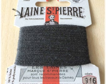 St. Pierre 916 anthracite wool yarn