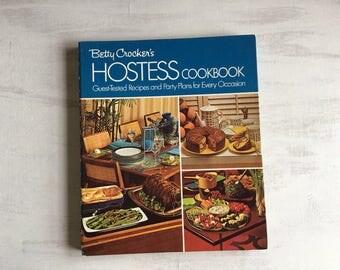 Vintage 1972 Betty Crocker's Hostess Cookbook