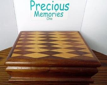 Vintage, gorgeous Parquet top wooden jewelry box, swiss musical movement, plays Anniversary Waltz, keepsake wooden box, felt lined music box