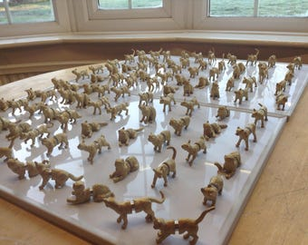 Cat place holders and wedding favours in one 50 gold cat magnetic place card holders fridge magnets