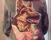 Veste militaire camouflage canevas berger allemand et fleurs