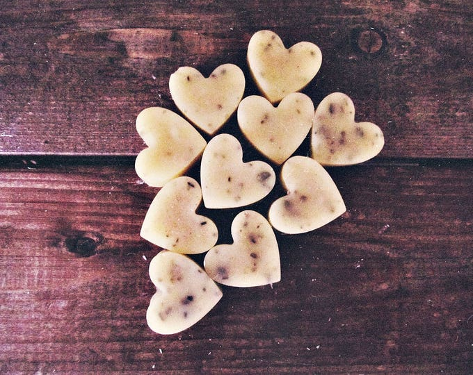 Rustic Wedding Favors - Heart Shaped Scented Soy Wax Melts - Organic - Melting Wax Warmer - Flameless Candle - Wax Tarts - Home Fragrance