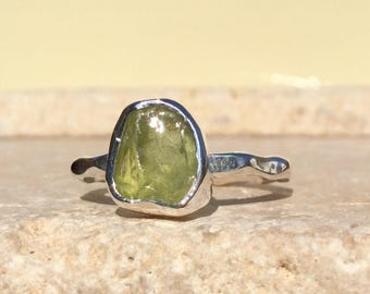 Raw Peridot Silver Ring, US 6.5, Raw Stone Ring, Peridot Ring, Rough Gemstone Ring, Natural Gemstone Silver Ring, August Birthstone Ring
